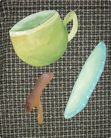 Моё кофейное настроение. Основа может использоваться  для самых разных поделок! А вот моё применение.     Вам понадобится:лист плотной бумаги или картона, бумажные полотенца или салфетки, белая тонкая бумага для принтера или распечатка чашки и блюдца, кофейные зёрна, гуашь, жёсткая кисточка, вода. фото 8