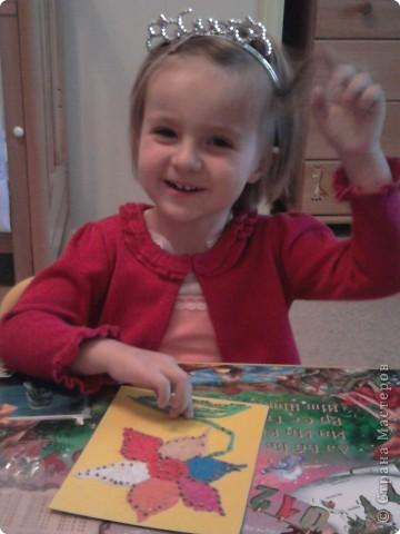 Это Сашулька. Моя подопечная.Ей 3.2 года. Все поделки мы делаем с ней. фото 1