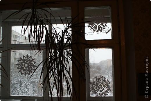 Это мой муж вырезал в прошлом году, вдохновившись снежинками из Страны Мастеров. фото 3
