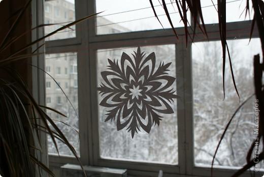 Это мой муж вырезал в прошлом году, вдохновившись снежинками из Страны Мастеров. фото 1