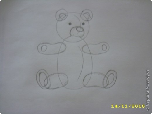 Вот такой мишка получился. Может кому-нибудь пригодится как нарисовать мишку игрушечного. Бывает нужно, а как нарисовать не знаешь. фото 4