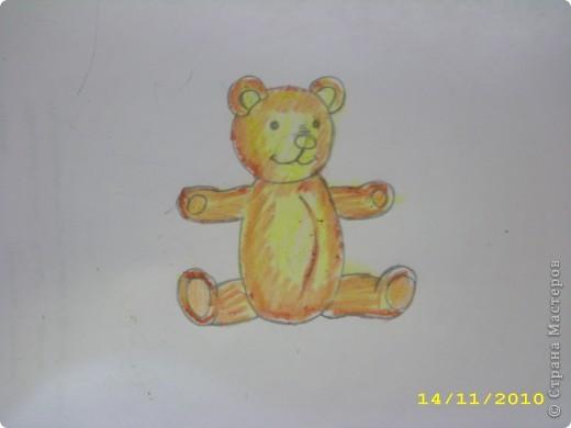 Вот такой мишка получился. Может кому-нибудь пригодится как нарисовать мишку игрушечного. Бывает нужно, а как нарисовать не знаешь. фото 1