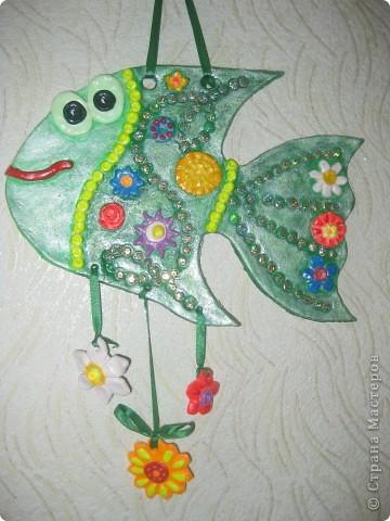 """Рыбка """"Полянка"""". Купила флуоресцентные акриловые краски, решила их опробовать в росписи этой рыбки. фото 2"""