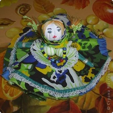 Как-то  на Пасху делала своей дочке куклу- колокольчик. Видела на сайте их много, решила показать и свою. фото 1