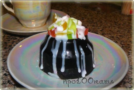 Для детей,украшено цветным глицериновым мылом. фото 3