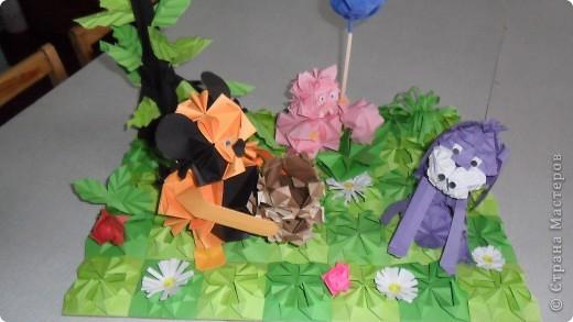 Работа на конкурс.  Сюжет из мультфильма: винипух и пятачок пришли поздравить ослика с днем рожденья. фото 1