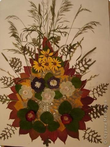 """Приближается наш праздник """"День матери"""". В меня вселилось вдохновение и я смастерила для вас,милые мамочки ,эту картину. Цветы всем поднимают настроение И хочется взбодриться, песни петь. И жизнь полна хороших впечатлений И хочется все сделать, все успеть. Так пусть же будет всем чудесно, Друг другу чаще улыбайтесь, И будте как цветы прелестны, И никогда не огорчайтесь! фото 17"""