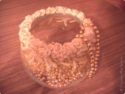 Ваза. Декор - розы  из полимерной глины (пластика)+золотые блестки. фото 1