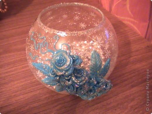 Ваза. Декор - розы  из полимерной глины (пластика)+золотые блестки. фото 2
