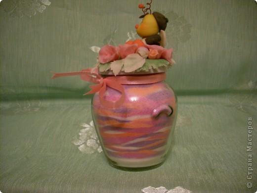 Из остатков холодного форфора слепила шмелика, добавила остатки цветочков и получился вот такой сувенирчик! фото 3