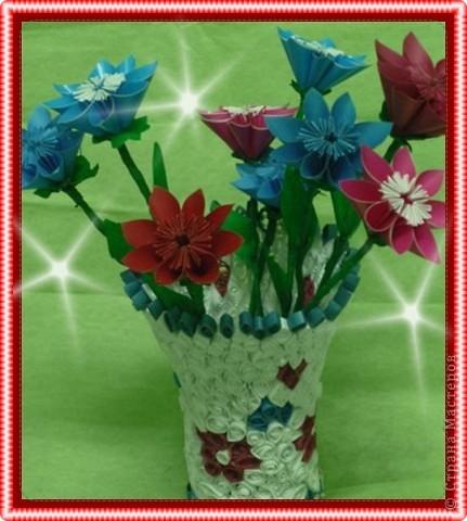 Вазочка и цветы фото 1