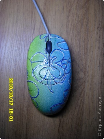 Думаю каждый кто заходит в стану мастеров умеет пользоваться этими предметами!   Мышка с подсолнухом!!! фото 2