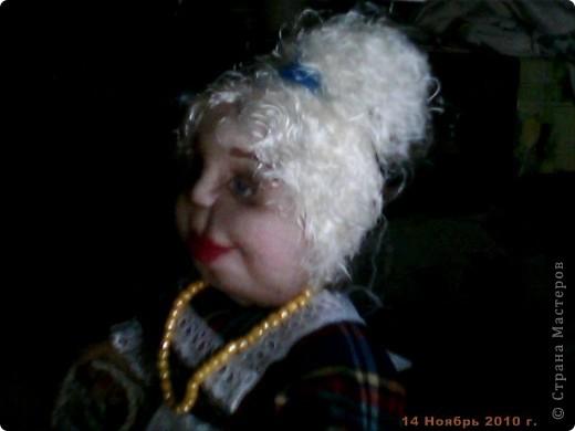 БАБУШКА  АРИНА. Куколка пошита в текстильно - скульптурной технике. Наполнитель синтепон. Высота 35 см фото 6