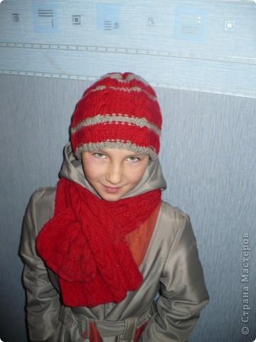Шапочка и шарфик для дочки