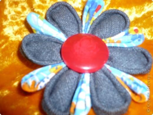 Первая канзаши брошь. фото 1