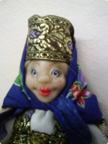 """На этот раз мне захотелось сделать куклу в русском национальном костюме. На ум пришла Марфуша из сказки """"Морозко"""". Не могу судить на сколько получилась похожа.  фото 2"""