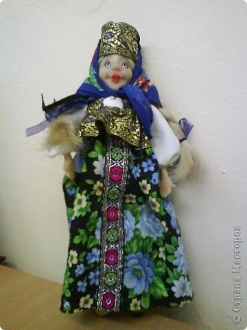 """На этот раз мне захотелось сделать куклу в русском национальном костюме. На ум пришла Марфуша из сказки """"Морозко"""". Не могу судить на сколько получилась похожа.  фото 1"""