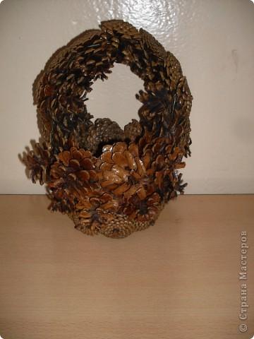 1. Корзина из сосновых шишек. фото 1