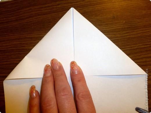 Для работы требуются: лист бумаги, ножницы и фломастеры. фото 3