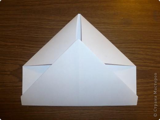 Для работы требуются: лист бумаги, ножницы и фломастеры. фото 5