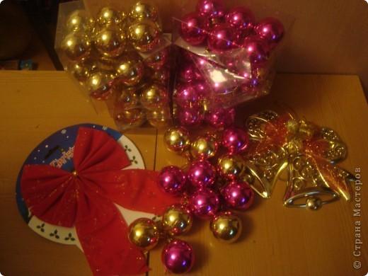 Венок из ёлочных шаров. фото 2