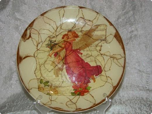 """тарелка """"Япоша"""" :) салфетка, акриловые краски, двух шаговый кракелюр, пастель и трафарет (иероглиф по нему рисовала) фото 5"""