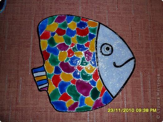 Приехала ко мне  в гости  подруга ТАТЬЯНА ЕЛЕНСКАЯ и сделала вот таких рыбок,я не помогала ей ,сделала по моей технологии -основа гипс и тесто соленое,только форму для гипса ей дала,мне очень понравились ее первые рыбки фото 2