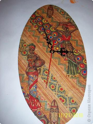 часы с африканским мотивом фото 1