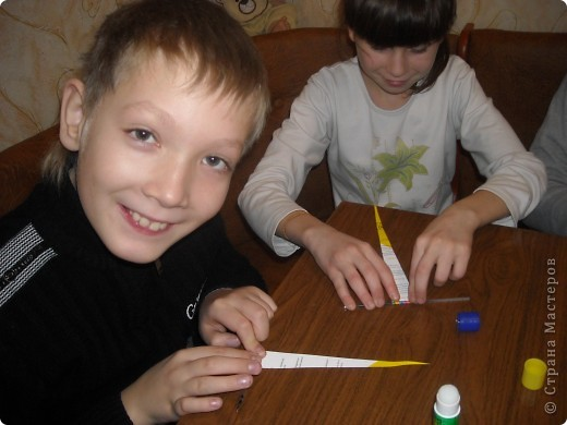 Как мы делали бусики и браслетики фото 3