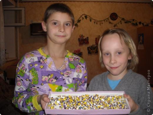 Как мы делали бусики и браслетики фото 10