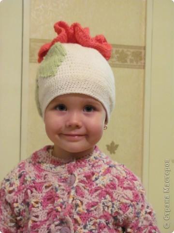 Это моя доченька Ярослава в очередной шапочке)))))  фото 2