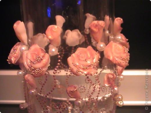 Свадебные фужеры. Материал: контур для акриловых красок, пластика, бусины, бисер. фото 3