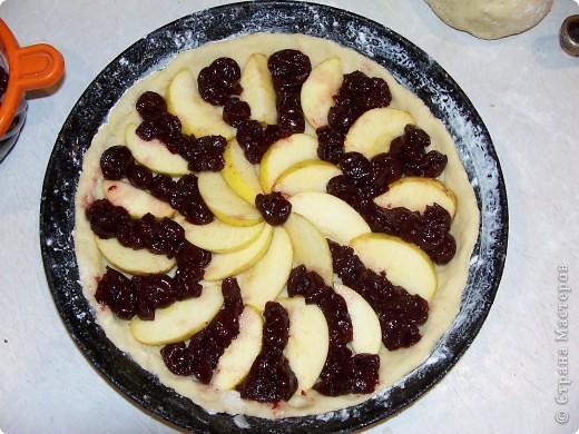 Вот в очередной раз пеку пирог и решила поделиться с вами моим рецептиком. Вы не представляете какая вкуснятина,мммм...просто ....нет слов)))) фото 7