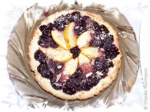 Вот в очередной раз пеку пирог и решила поделиться с вами моим рецептиком. Вы не представляете какая вкуснятина,мммм...просто ....нет слов)))) фото 2