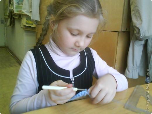Третьеклассница Лиза мастерит шкатулку для модулей