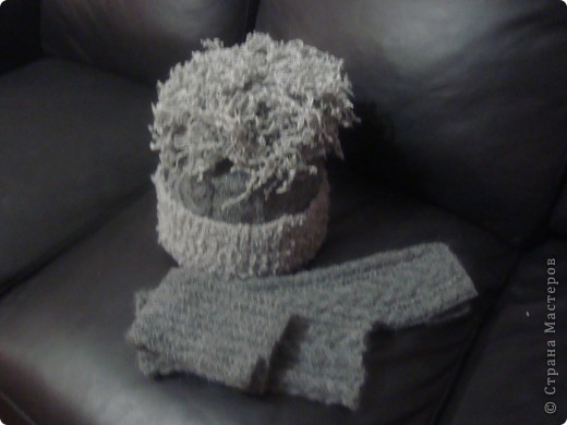 Связав комплект вдохновила подругу на вязание шарфика. фото 1