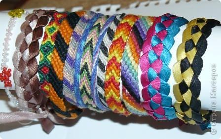 Мои фенечки.Плела из лент, из мулине, и из ириса - кумихимо. фото 2