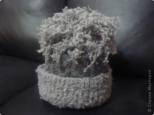 Связав комплект вдохновила подругу на вязание шарфика. фото 3