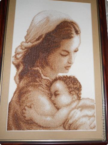 Схема вышивки матери с ребенком