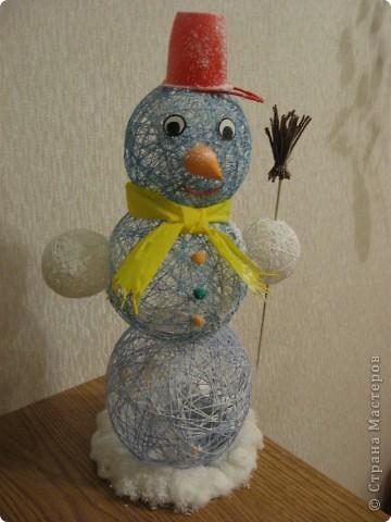 Вот такого снеговика сделали с дочкой. фото 2