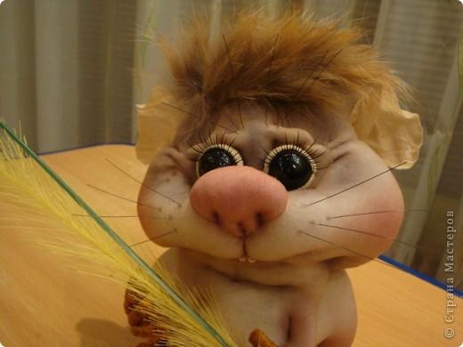 Увидела у Полины Пономаревой прикольного хомячка и влюбилась в него , и решила себе сделать такого же........ Вот такой Кузька получился!!!!!Спасибо Полине за ее чудесные куклы!!!!! фото 4