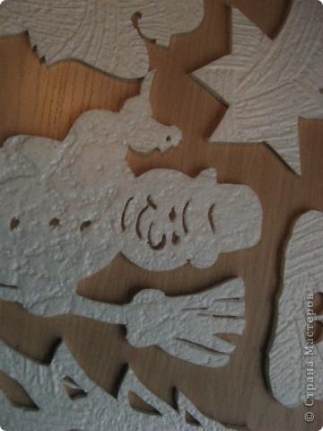 За окошком уже зима, правда, у нас пока бесснежная.., зато дома у нас - снегопад! Эти снежинки сделала моя мама в подарок нам и для украшения класса сыну. фото 10