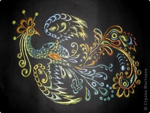 Жар-птица вышита по рисунку из книги Бурундуковой Л. И. Волшебная изонить. –М.: АСТ-ПРЕСС КНИГА.-88 с.: ил. – (Ручная работа). фото 1