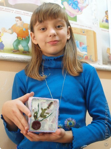 Ксения занимается первый год в студии декоративного творчества, это вторая её работа. фото 1