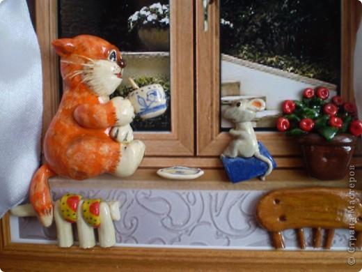 Рыжий котик на подоконнике. фото 4