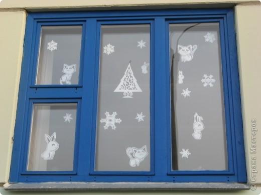 Вот такие новогодние поделки уже украшают наш класс. фото 12