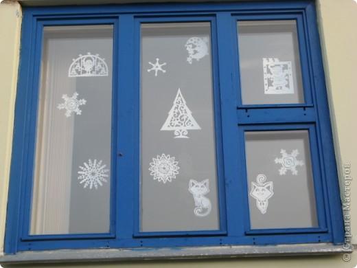 Вот такие новогодние поделки уже украшают наш класс. фото 14