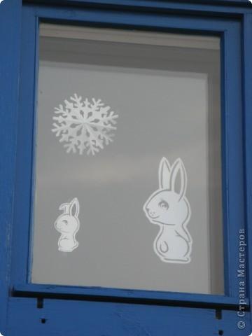 Вот такие новогодние поделки уже украшают наш класс. фото 17