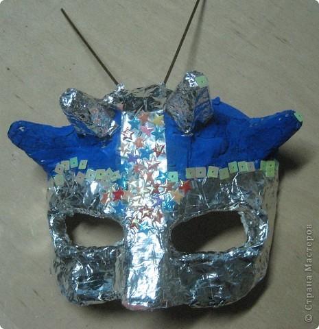 Эта маска выполнена мной в качестве образца для работы с детьми. Все остальные - детьми 4 класса. В них они будут танцевать. фото 5