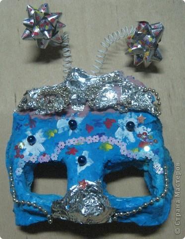 Эта маска выполнена мной в качестве образца для работы с детьми. Все остальные - детьми 4 класса. В них они будут танцевать. фото 4